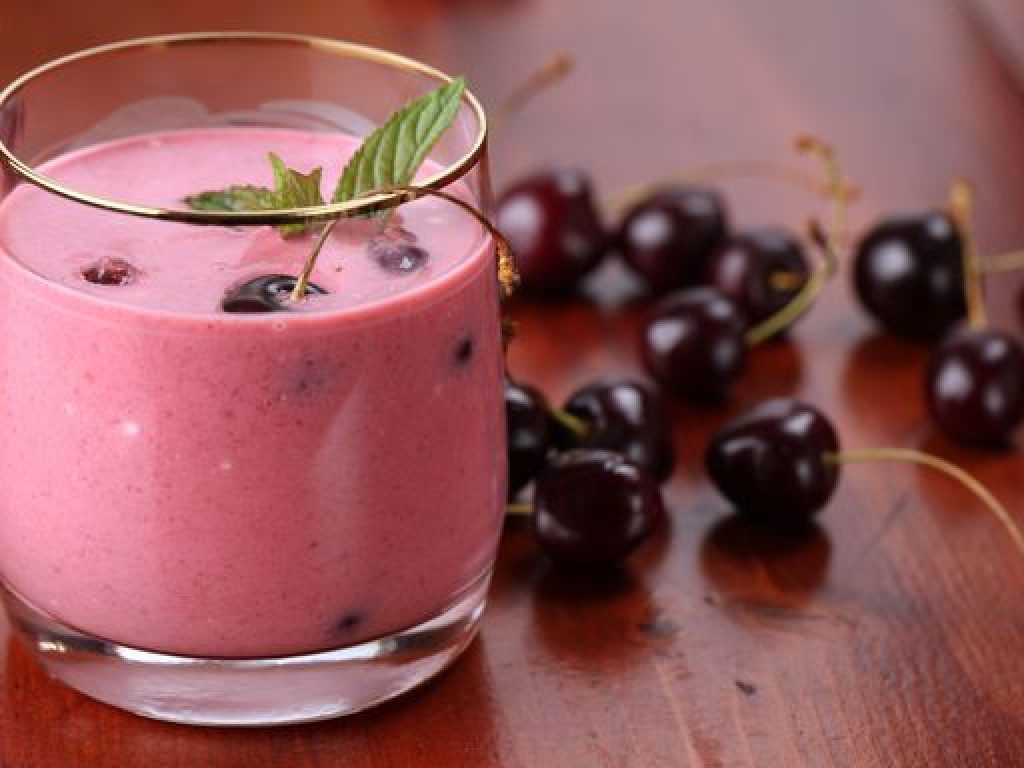 Smoothie aux fruits et yaourt